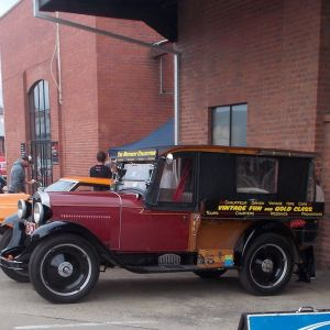 Vintage Fun Hire Cars - Attractions Brisbane