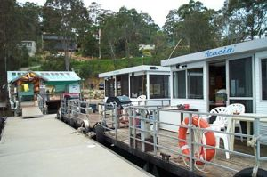Clyde River Houseboats - Attractions Brisbane