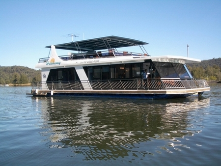 Able Hawkesbury River Houseboats - Attractions Brisbane