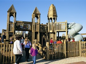 Jubilee Park Adventure Playground - Attractions Brisbane