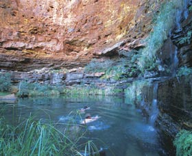 Dales Gorge and Circular Pool - Attractions Brisbane