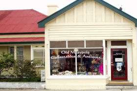 Old Maypole Collectables  Antiques - Attractions Brisbane