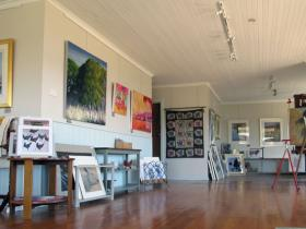 Tamar Valley Art Shack - Attractions Brisbane
