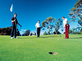 Queenstown Golf Club - Attractions Brisbane