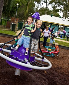 Laguna Park - Attractions Brisbane