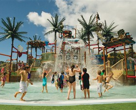 Wet 'n' Wild Water World - Attractions Brisbane