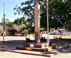 Mount Isa Memorial Cenotaph - Attractions Brisbane