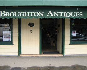 Broughton Antiques - Attractions Brisbane