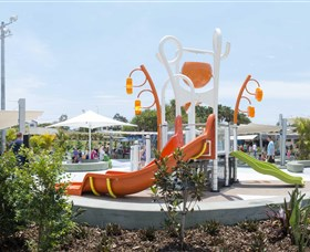 Gladstone Aquatic Centre - Attractions Brisbane