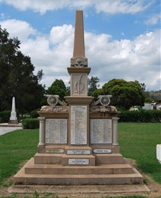 Boer War Memorial and Park Allora - Attractions Brisbane
