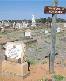 Blackall Cemetery - Attractions Brisbane