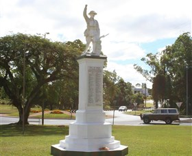Atherton War Memorial - Attractions Brisbane