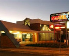 Dubbo RSL Club Resort - Attractions Brisbane
