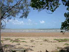 Armstrong Beach - Attractions Brisbane