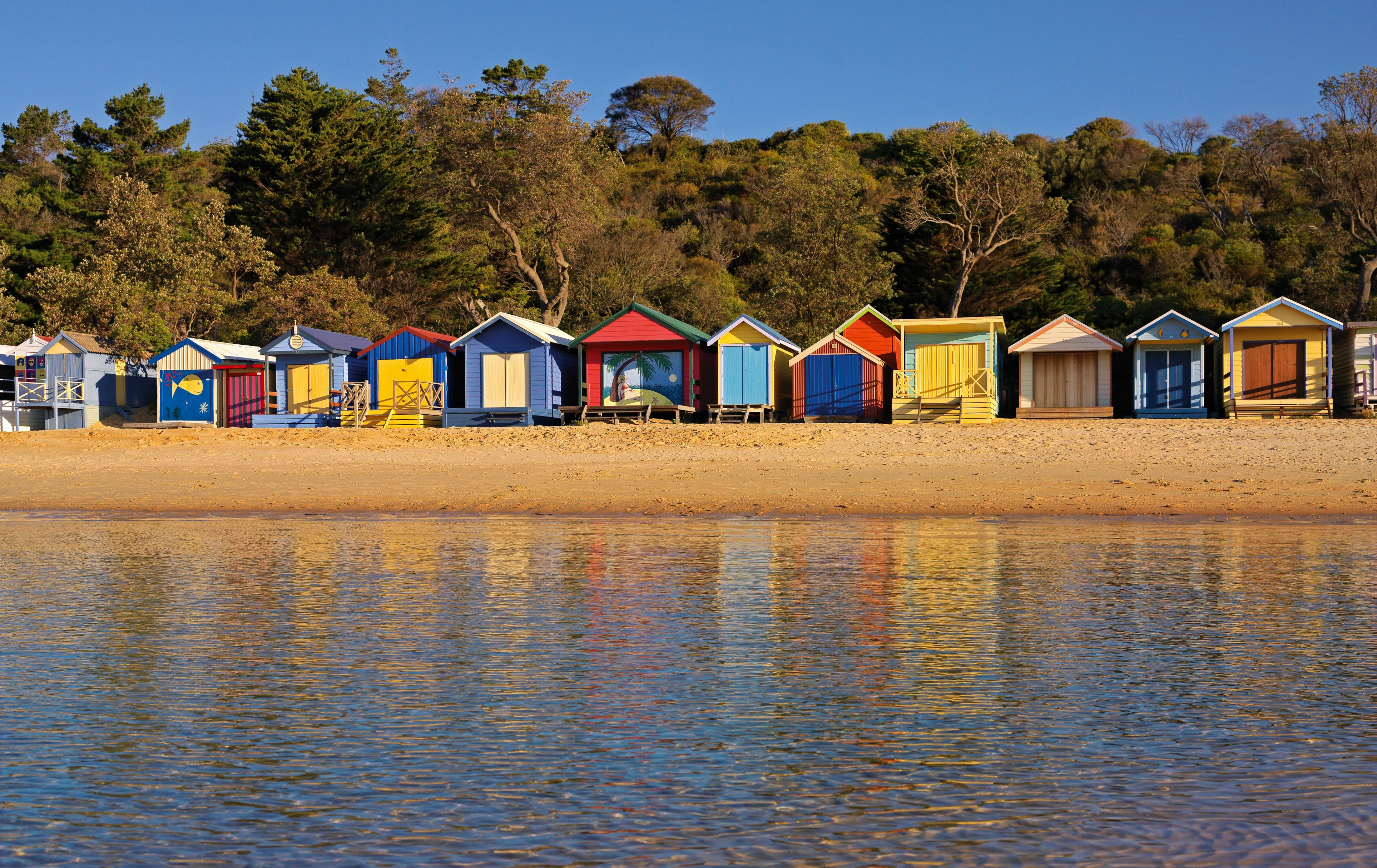 Mills Beach - Mornington - Attractions Brisbane