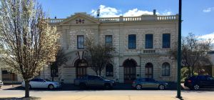 Naracoorte Town Hall - Attractions Brisbane