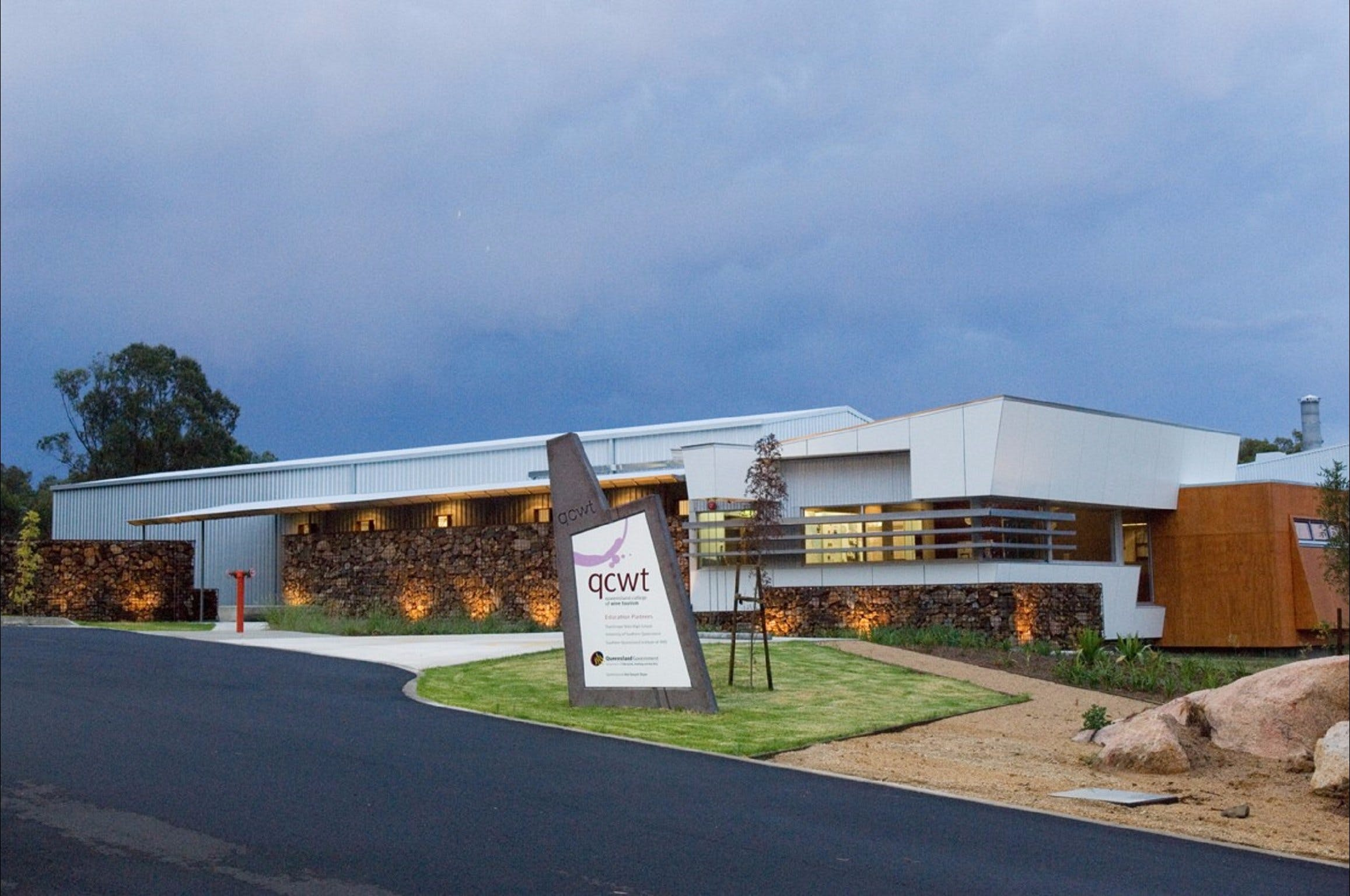 Varias Restaurant and Function Centre at the Queensland College of Wine Tourism - Attractions Brisbane