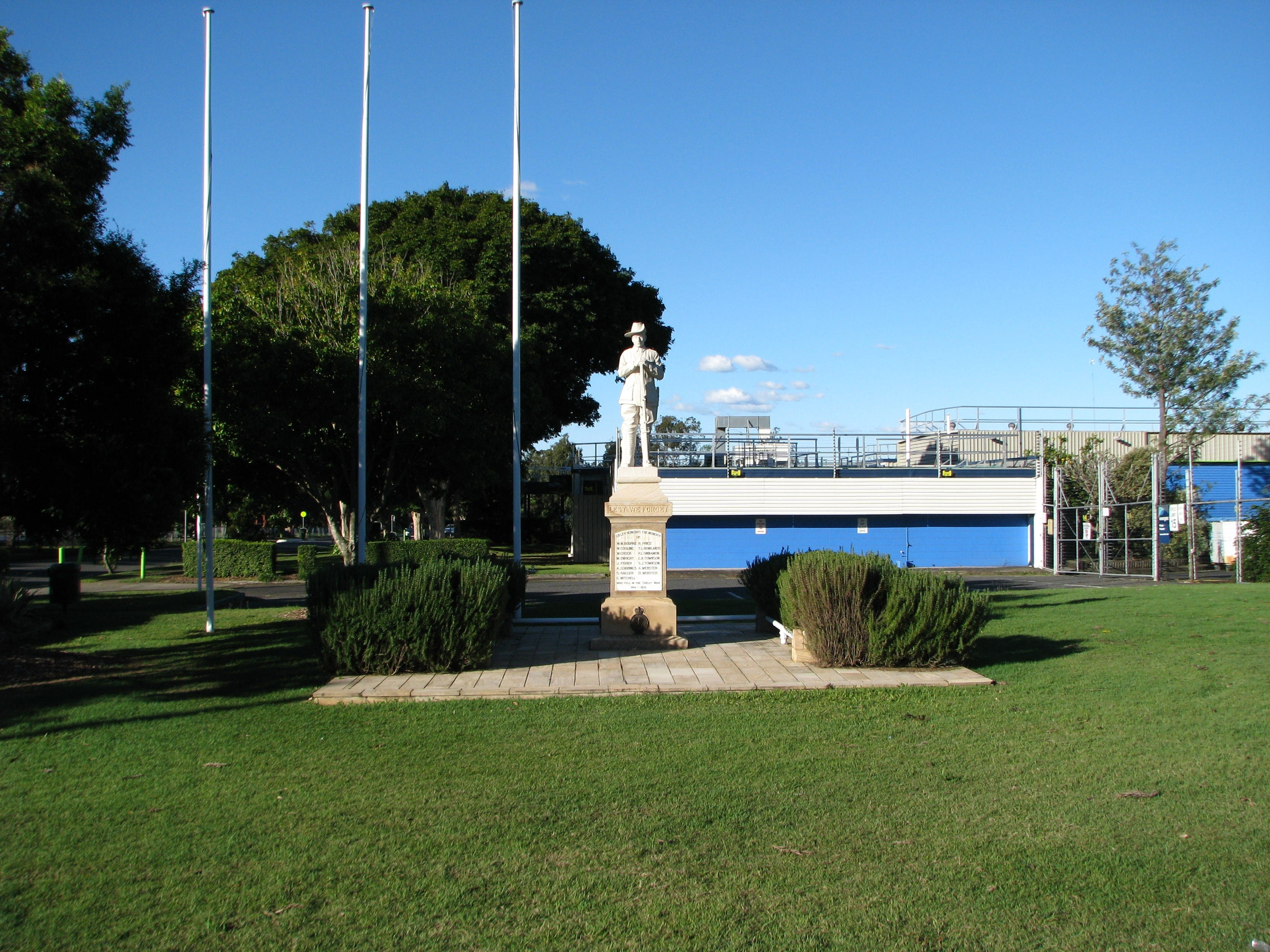 Oxley War Memorial - Attractions Brisbane