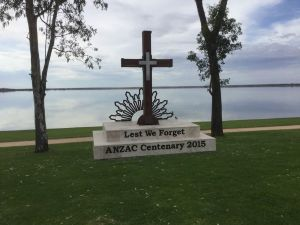 Anzac Centenary Cross - Attractions Brisbane