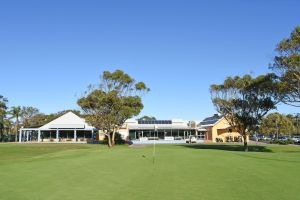Hawks Nest Golf Club - Attractions Brisbane