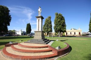 Naracoorte Town Square - Attractions Brisbane