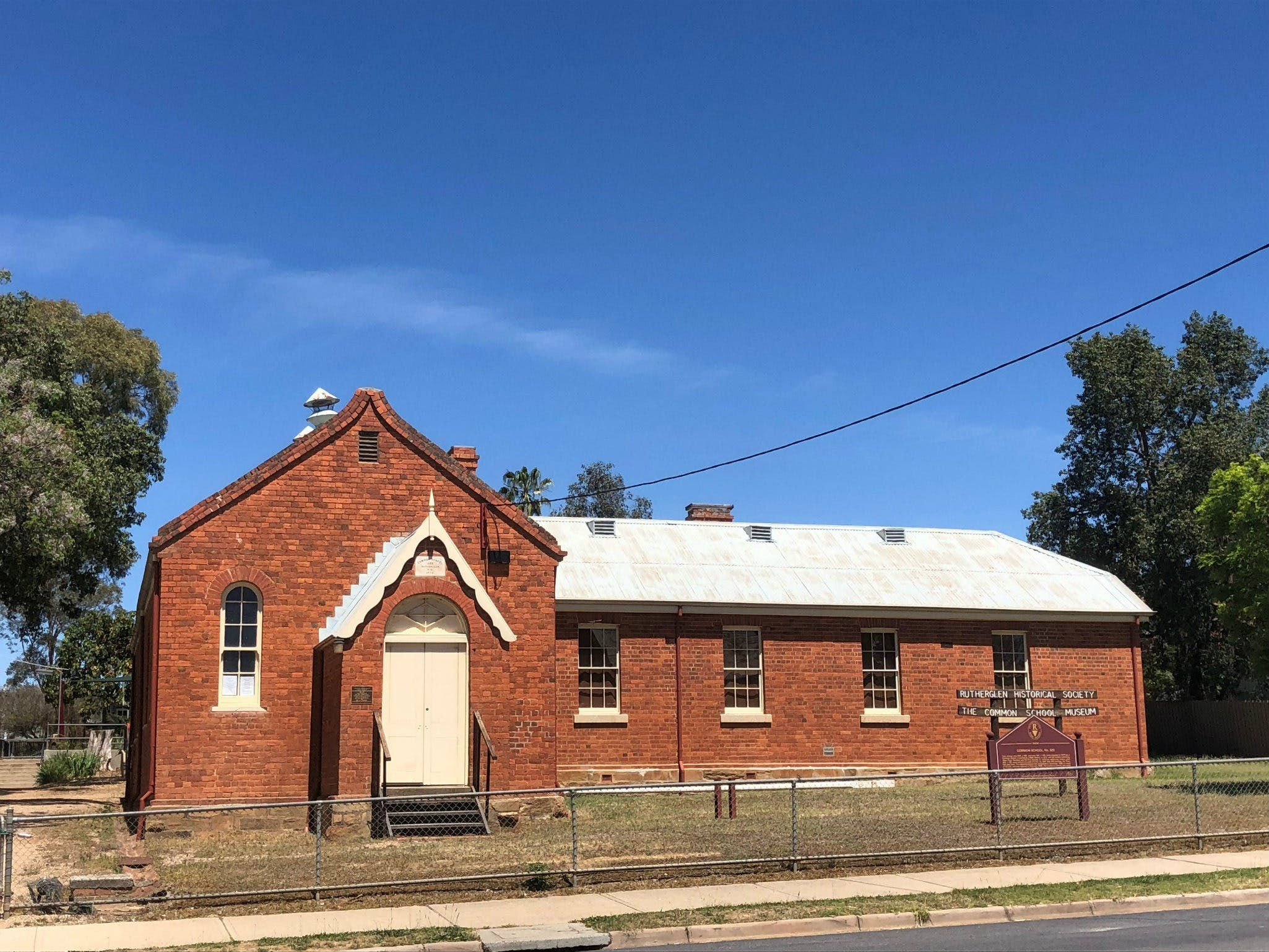 Rutherglen Common School Museum - Attractions Brisbane